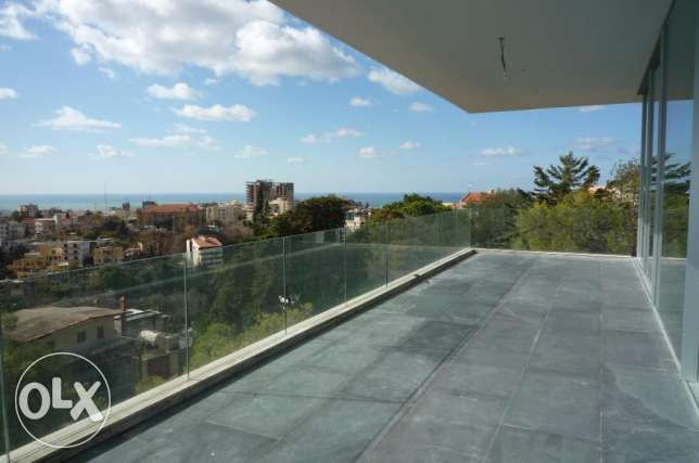 Luxury apartment in Yarze with sea view 4 bedrooms + Terrace
