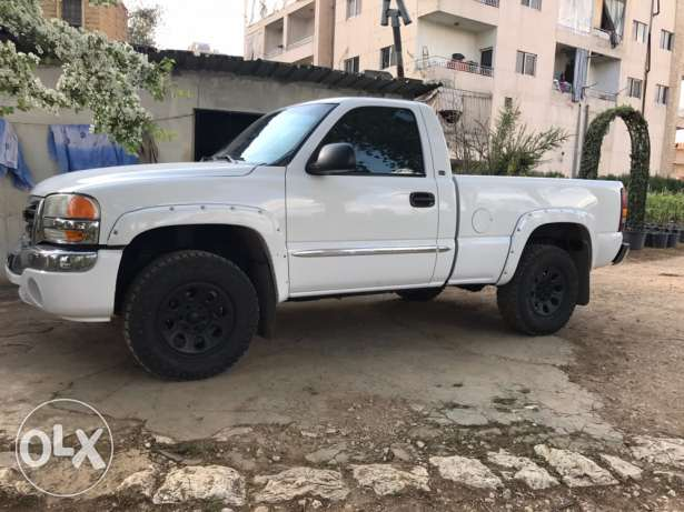 gmc sierra short box 2003