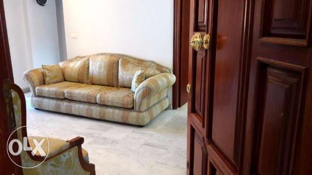 143 m2 apartment for rent in haret Sakher (mountain view)
