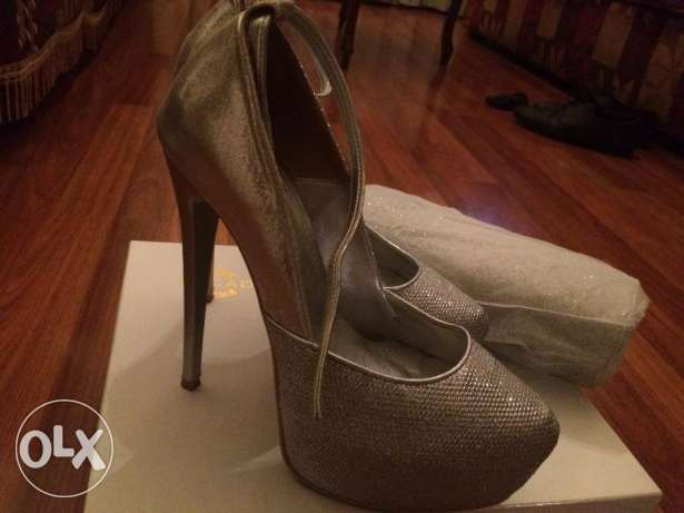 shoe (37)and Bag used once-Silver Color