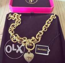juicy couture necklase