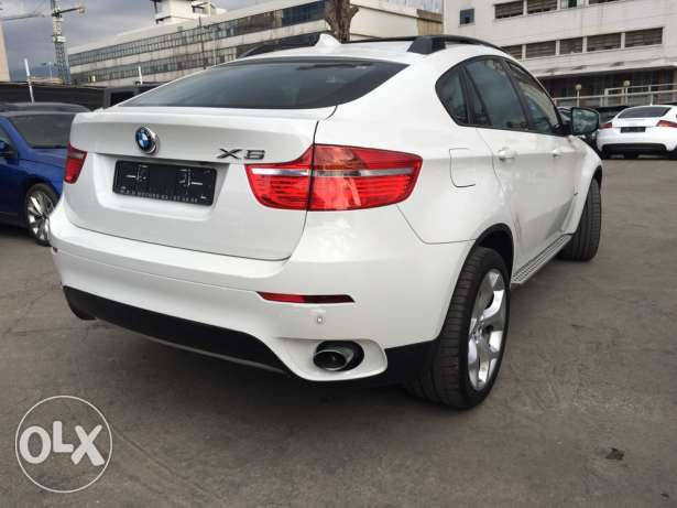 BMW X6 White 2011 Top of the Line in Excellent Condition! بوشرية -  5