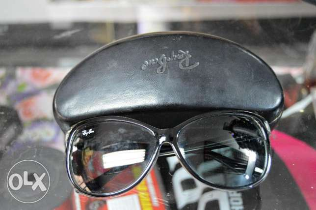 Used Rayban Sunglasses for women