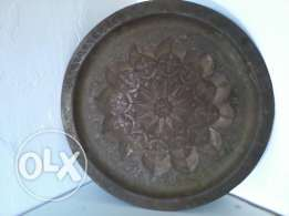 Antique copper Plate, heavy hand made, signe, 20$ negotiable
