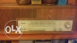 Old radio for sale in a good condition