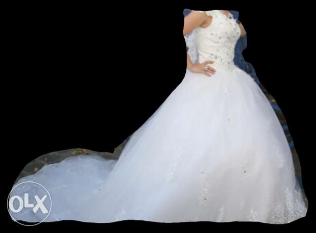 wedding dress for sale كسروان -  1