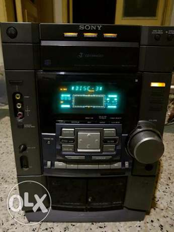 Sony stereo 200Watt x2 like new without zbekar