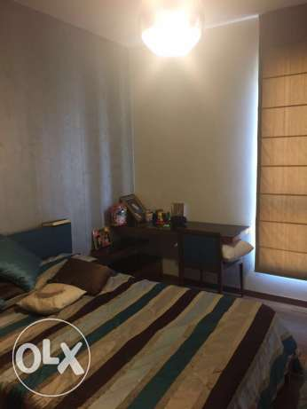 Ras Nabeh: 210m unfurnished apartment for sale راس النبع -  3
