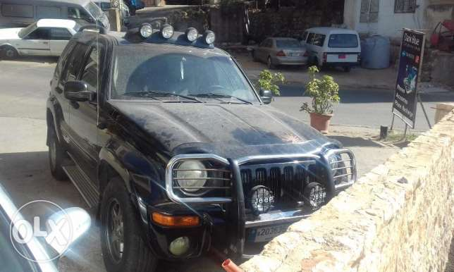 jeep liberty limited edition 2002 4x4 عاليه -  3