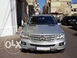 ML 500 Mod:2006 Silver/Black Camera Navigation As New Clean Title