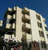 167sqm Unfurnished apartment for rent Bsalim