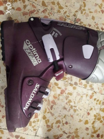 SALOMON ski boots (girly)