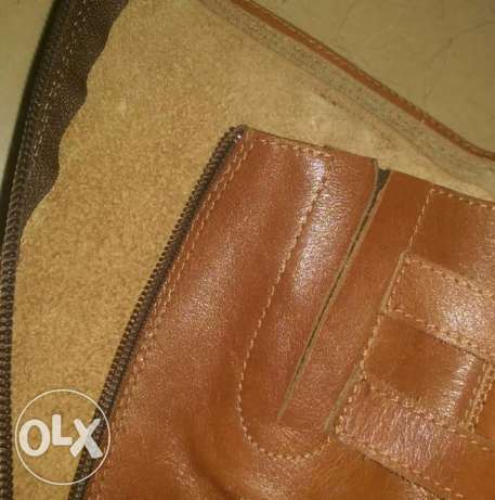 200 pairs of LEATHER shoes for sale (stock)
