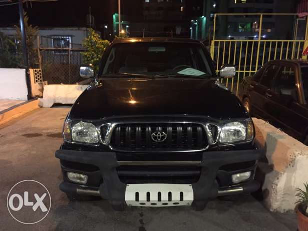 toyota tacoma 2001 4wd no accident black حارة صيدا -  1
