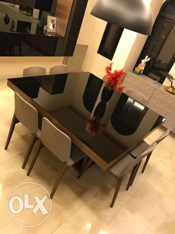 dining table (without chairs)