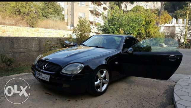 very clean Convertable mercedes-benz