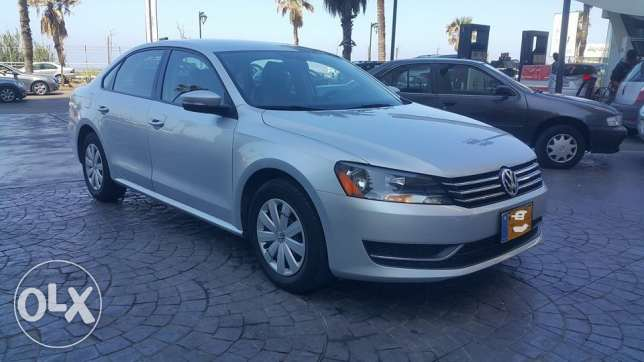 V.W Passat 2013only 22000 KM مصدر و صيانة الشركه original paint as new