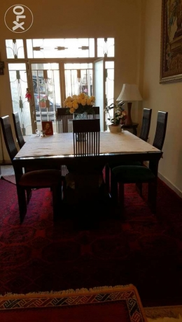 Beautiful dinning room almost new