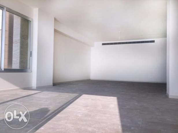 Luxurious 2 Bedroom Modern Apartment, Front Line Raouche
