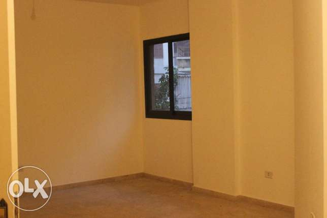 Quiet and Spacious Apartment For Rent in Ras El Nabeh