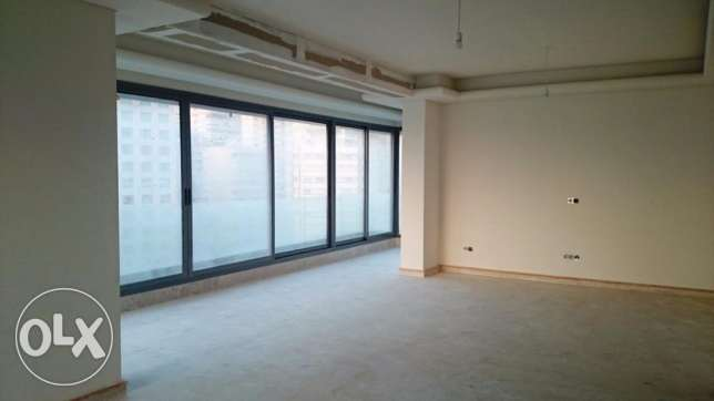 ( UNESCO , BEIRUT ) - Rent - 3 Master Bedrooms - 225 m2