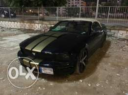 Ford mustang premieum package