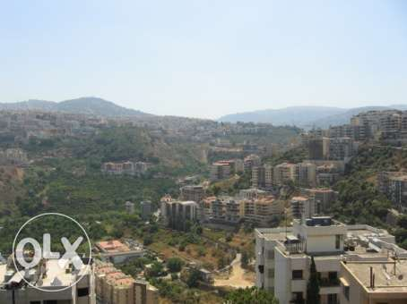 230 sqm 5th fl. apartment+ VIEW for rent in Martakla Hazmieh- Baabda