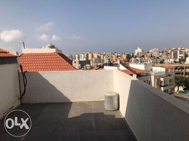 Small 2 bedroom apartment for rent in mansourieh