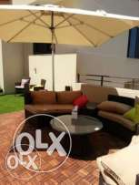 Like new- barely used- very calm street-120 sqm+50 sqm private terrace