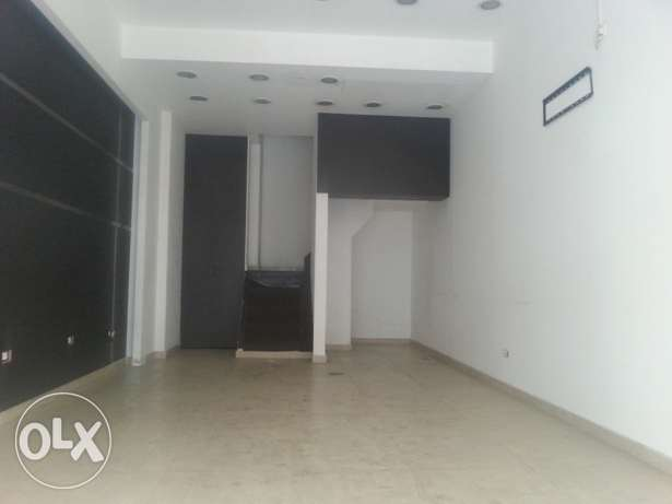 Shop for RENT - Hamra 70 SQM