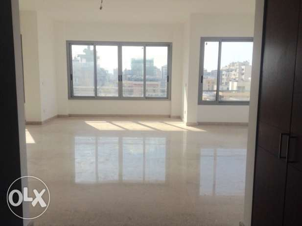 Badaro: 260m apartment for sale.