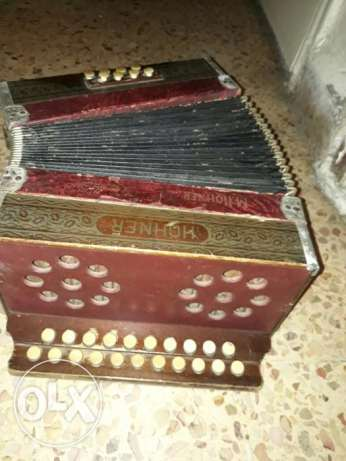 M.hohner ocarrdeon the World Best Aged 120 Years 500$