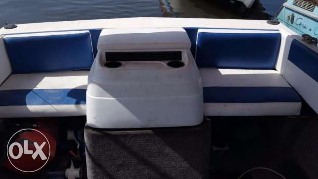 Bayliner American 4 cyl 3.0 mercruiser with lifetime parking المرفأ -  4