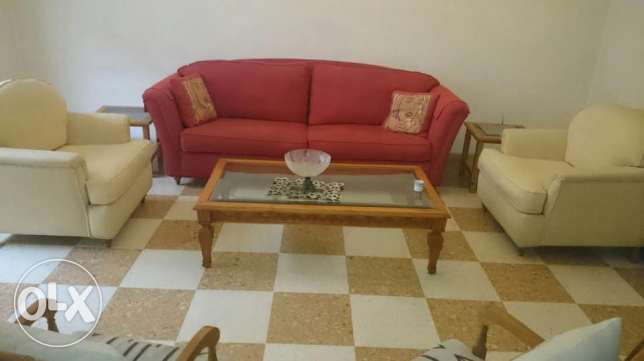 Rooms fo 3/4 girls/boys in a furnished Apt in Beirut, Ain El-Remanneh