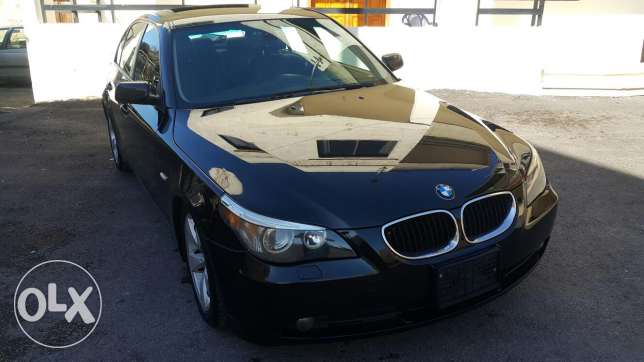 Bmw 525 black full options mecanique top no accidents ndifiii ktirr