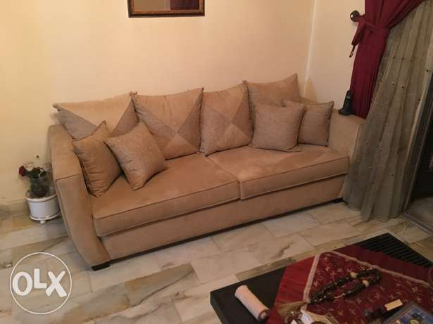 Furniture for sale 3 sizes راس  بيروت -  1