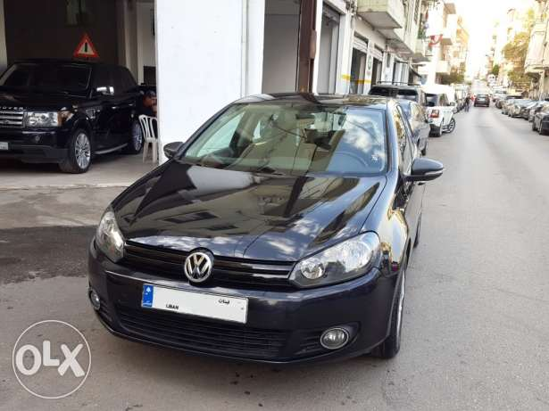 2010 V.W Golf GL 1.6L Black/Black Fully Loaded