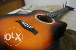 Acoustic Guitar Karl Schneider (Like New) + Free Capo and Pick Guitar