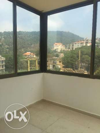Jouret El Ballout- Apartment + Garden المتن -  4