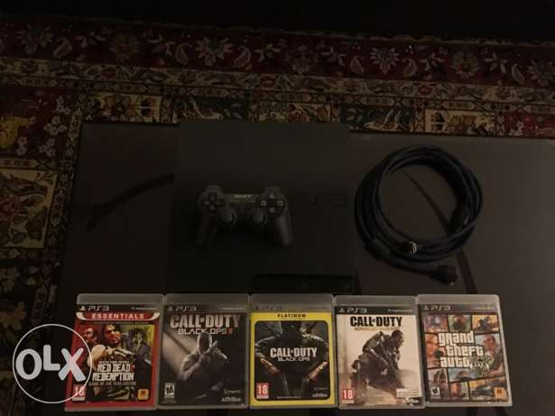 ps3 (500gb)+5games+hdmi cable+ 1 controller