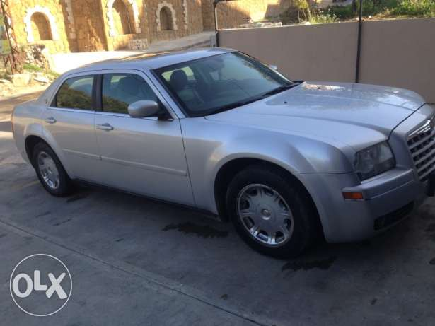 Chrysler 300 limited 2005 one owner