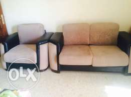 Salon like new for sale 5 pieces