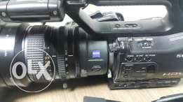 z7 with 2 lens wide and original lens and card recording 2 battery's a