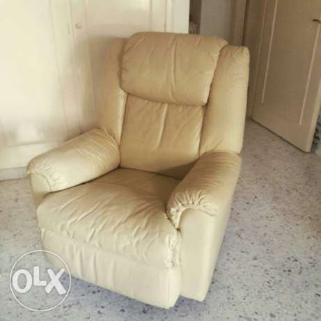 Lazy boy chair - couch فنار -  3