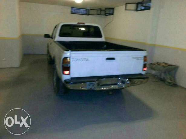 Toyota tacoma clean carfax انطلياس -  2