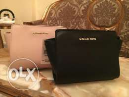 Now on Sale! 30% off Ladies bags - Micheal kors