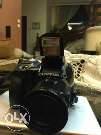 Olympus IS 1000 SLR excellent conditions انطلياس -  1