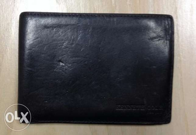Kenneth Cole Men's Wallet For Sale!