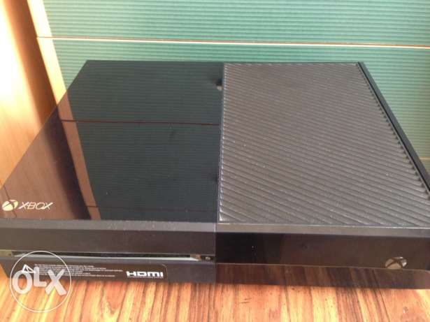 Xbox one with one controller, used for 2 months. Urgent sale..