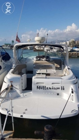 32.8 ft Discounted Chris Craft with Free Park at holiday